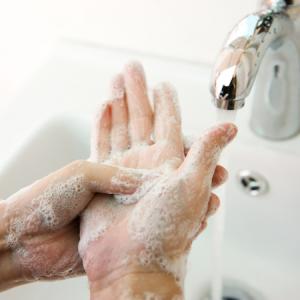 Limpeza e higienização das mãos